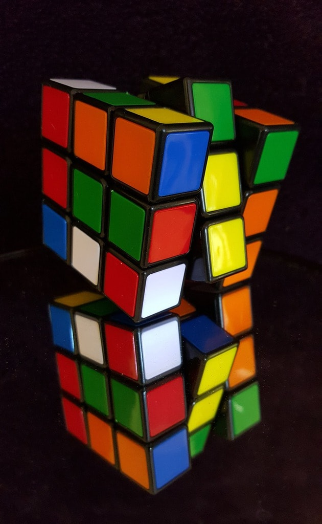 Photo-of-Rubiks-Cube-2