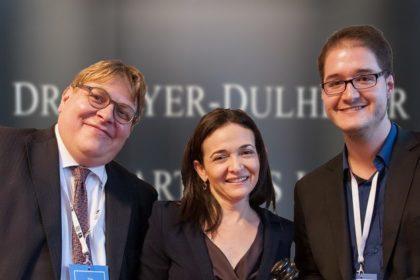 Tim-Meyer-Dulheuer_Sheryl_Sandberg_Tobias-Roth_MDPATENT-Hintergrund