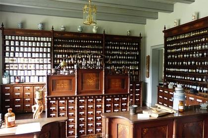 Erschöpfung des Markenrechts gilt auch für Medizinprodukte- wenn Umpacken vorliegt