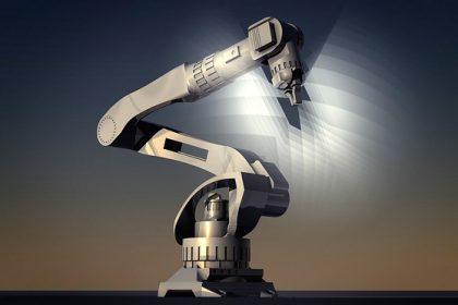 Robotergesteuertes Fertigungsstraßensystem