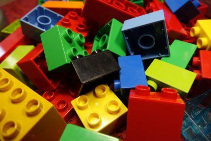 Legostein Design: Etappensieg von Lego vor Gericht