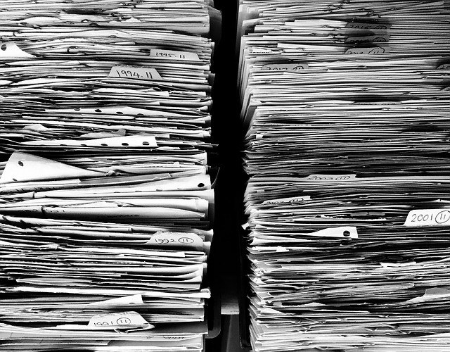 Papierkram_Paperwork